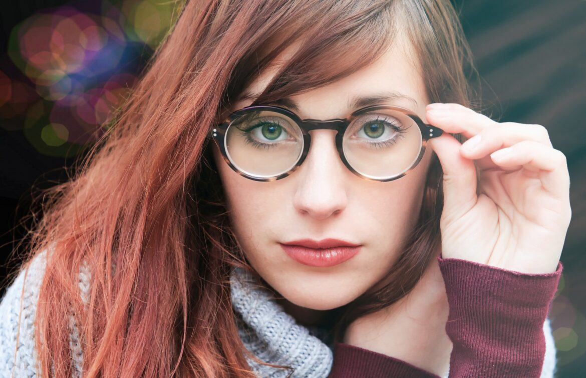 Get an Expert Advice for Your Eye Glasses Lenses in Mississauga