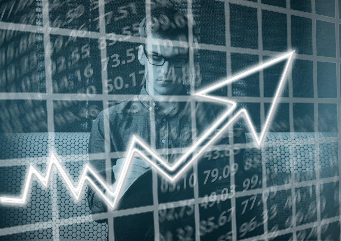 4 Awesome Reasons Why You Should Consider Becoming a Funded Trader